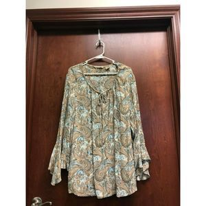 Quizz Woman & Co Taupe Top 24 Paisley Bell Sleeve
